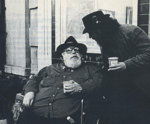 Doc Pomus (izquierda) con Dr. John en 1990. Foto: Sharyn Felder