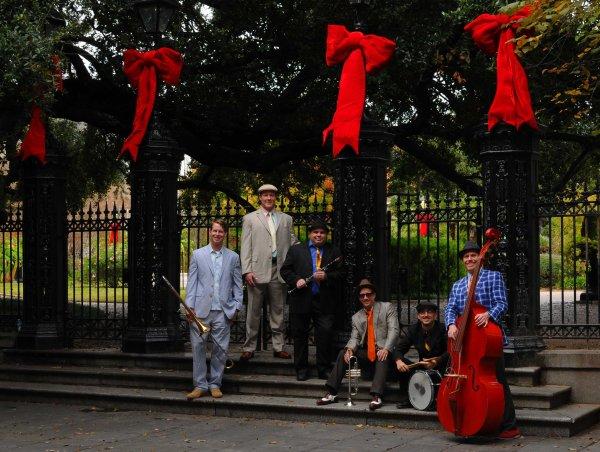 Dukes Of Dixieland, bajo los árboles ornamentados de Nueva Orleans