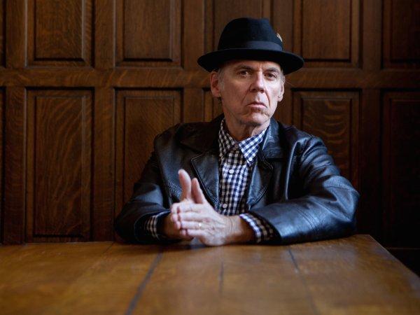John Hiatt, uno de los mejores cantautores actuales. Foto: Michael Wilson
