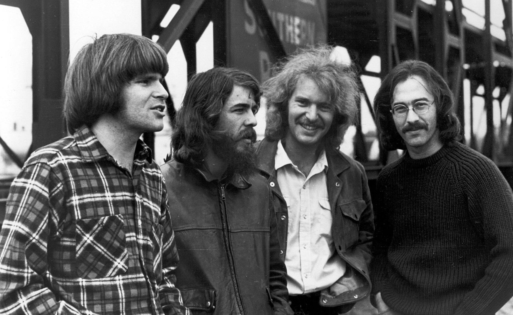La Creedence Clearwater Revival, con John Fogerty (el primero por la izquierda) al frente