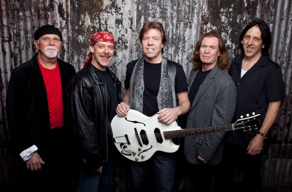 George Thorogood & The Destroyers, en una de sus formaciones recientes