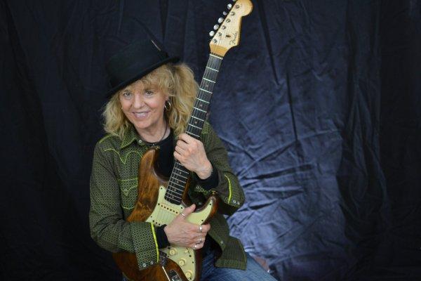 Debbie Davies, una de las seguidoras de Vaughan