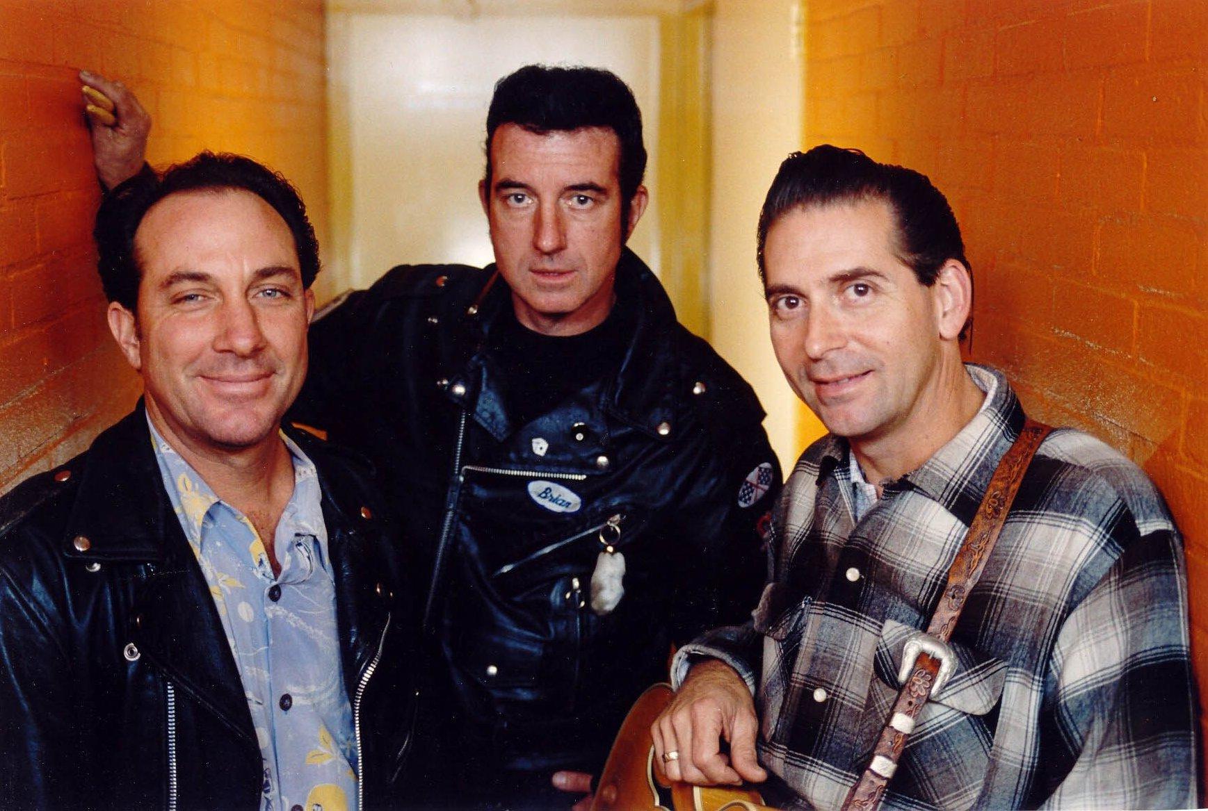 El trío de rockabilly The Paladins, una de las primeras producciones de César Rosas