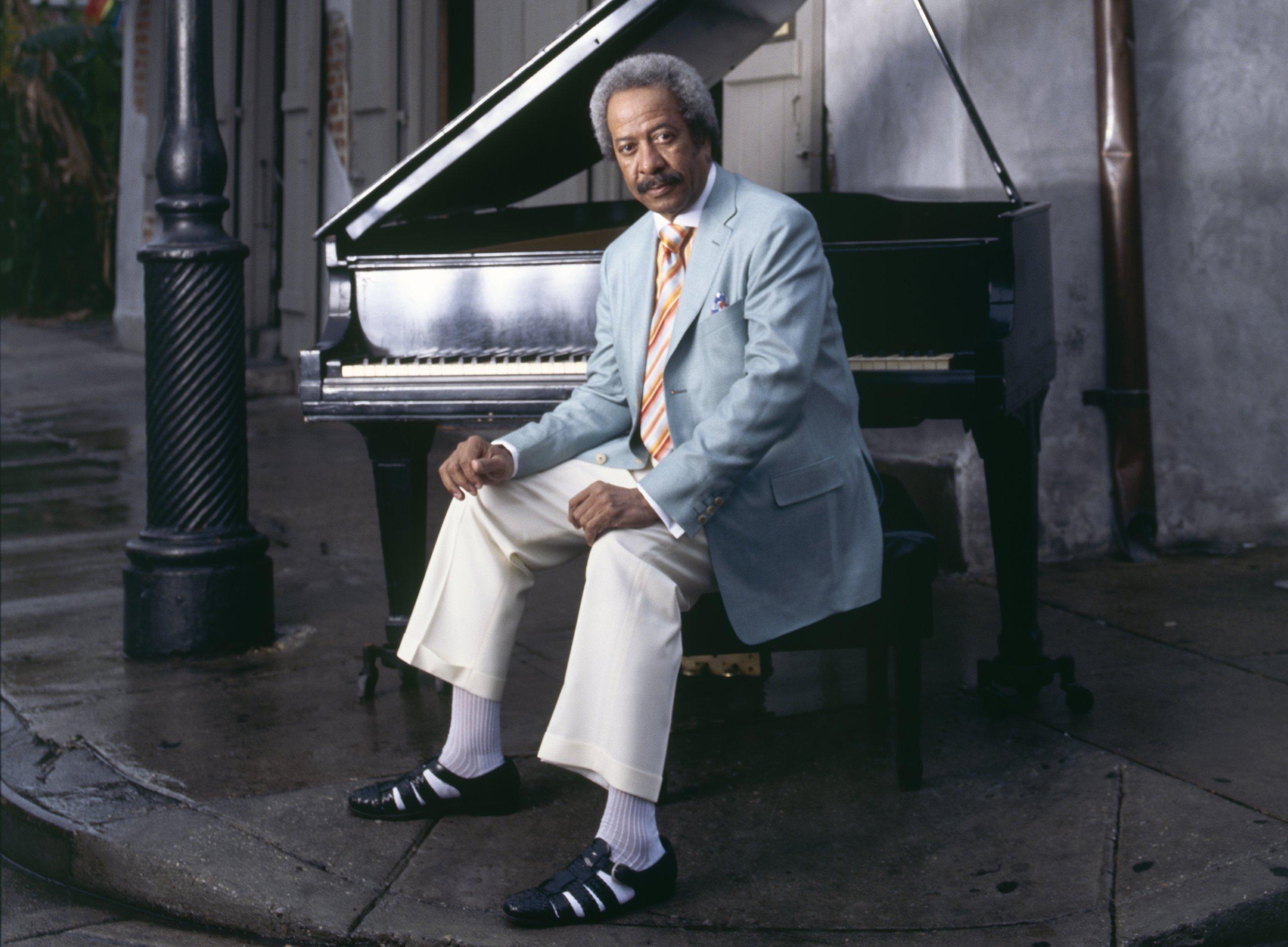 Allen Toussaint y su inseparable piano. Foto: Lee Crum