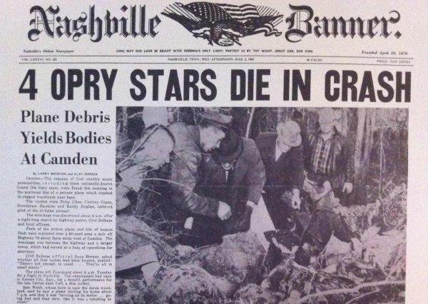 Portada del 'Nashville Banner' relatando el accidente áereo en el que murió Patsy Cline