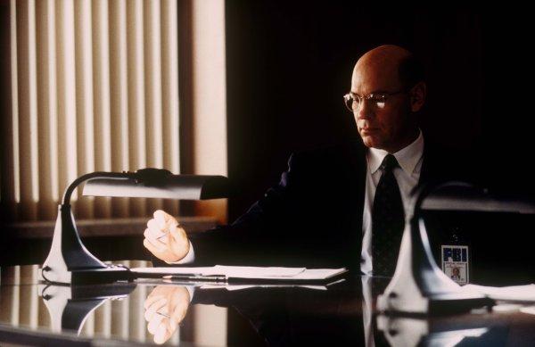 El director adjunto Walter Skinner