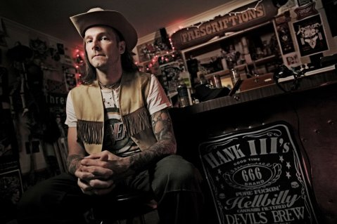 Hank III, el nieto de Hank Williams.