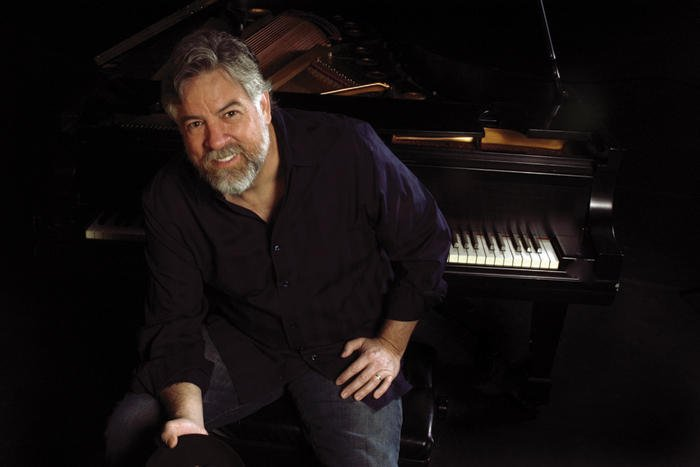 El compositor y pianista David Egan