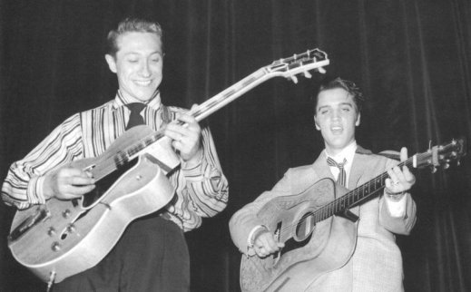 Scotty Moore, junto a Elvis Presley