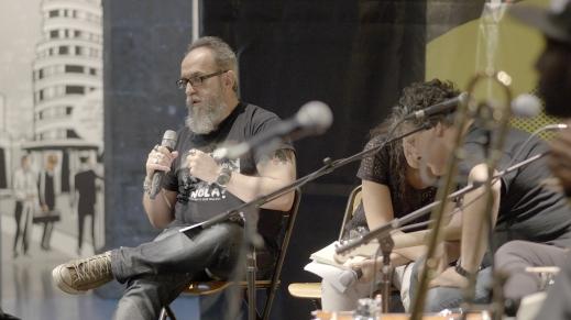 Un servidor, en la charla sobre la música de Nueva Orleans en el Arts Santa Mònica. Foto: Daniel Gómez