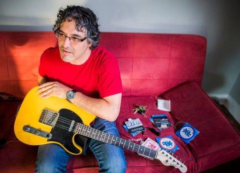 El productor y guitarrista Jonathan Freilich
